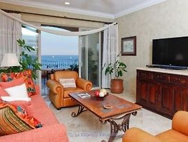 Vle-3507-Ocean Front Resort- Walking Distance To Town! Swimmable Beach! photos Exterior