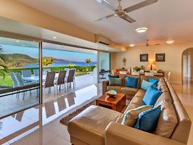 Bella Vista East 3 Luxury Ocean Views Large Flat Grassed Area And Buggy photos Exterior