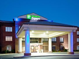 Holiday Inn Express & Suites Shelbyville photos Exterior