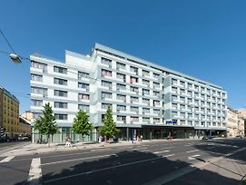 Park Inn By Radisson Linz photos Exterior