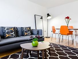 Entire Home Aylie'S Awesome 2 Bed Flat In Dalston photos Exterior