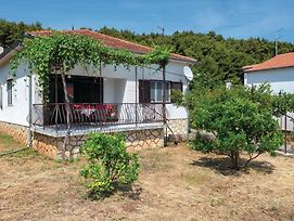 Two-Bedroom Holiday Home In Jelsa photos Exterior