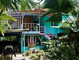 Hidden Jungle Beach House photos Exterior