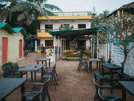 Rasta Mansion Beach Hostel And Rooms photos Exterior
