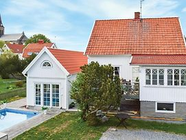 Awesome Home In Fjallbacka W Outdoor Swimming Pool And 4 Bedrooms photos Exterior