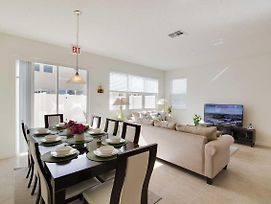 Disney On Budget - Compass Bay - Feature Packed Relaxing 4 Beds 4 Baths Townhome - 3 Miles To Disney photos Exterior