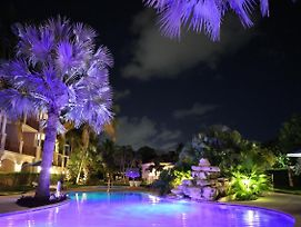 Grace Bay Beach -Villa Del Mar Resort -Luxury 2 Bed Unit - Winner Of Excellence!!! photos Exterior