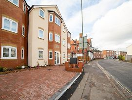 Oyo Aldershot Saz Living photos Exterior