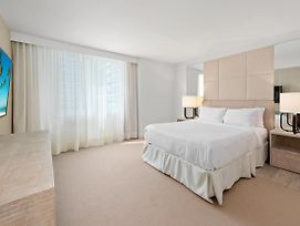 3 Bedroom Ocean View Located At 1 Hotel And Homes Miami Beach - 904 photos Exterior