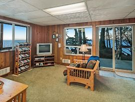 3 Bed 2 Bath Vacation Home In Eastsound photos Exterior