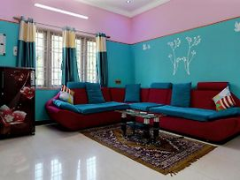 Colourful 2Bhk Dwell In Pondicherry City Centre photos Exterior