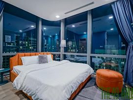 """The 49 Haus"" Apt Landmark 81- 2Bedrooms - 39Th Floor - Relaxing photos Exterior"