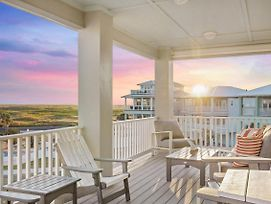 Gulf-View New-Build W/ Pool & On-Site Beach Access Home photos Exterior