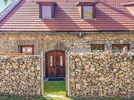 Nice Home In Balatonfured W Wifi And 3 Bedrooms photos Exterior