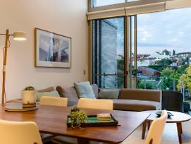 Explore Sydney From A Peaceful Modern Apartment photos Exterior