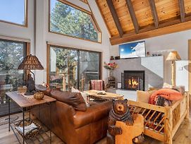 New Listing! Luxe Cabin W/ Private Master Suite Home photos Exterior