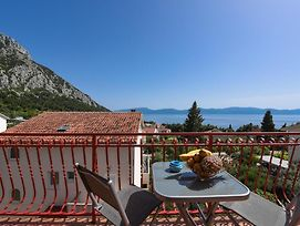 Beautiful Apartment In Gradac W/ 3 Bedrooms photos Exterior