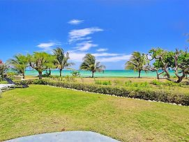 On Seafront, Cook/Housekeeping, Gated Community, 7 Beds, 4 Bdrms, photos Exterior