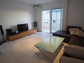 Becici Three-Bedroom Penthouse Apartment With Jacuzzi photos Exterior