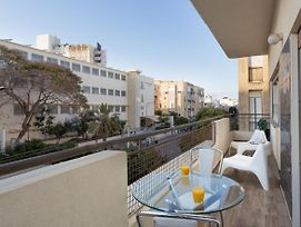 Beautiful 2Br In Ben Yehuda 218 By Holyguest photos Exterior