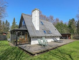 Four-Bedroom Holiday Home In Gilleleje 3 photos Exterior