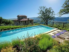 Preggio Villa Sleeps 8 Pool Wifi photos Exterior