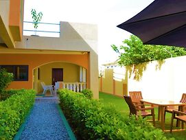 Villa Beach Avepozo Lome photos Exterior