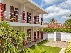 Lighthouse Residence Negombo photos Exterior