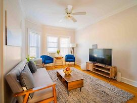 Stylish Comfy Lincoln Sq. 2Br Near Wrigley photos Exterior