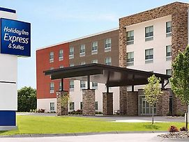 Holiday Inn Express & Suites - Greenville - Taylors photos Exterior