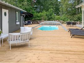 Nice Home In Borgholm W Outdoor Swimming Pool Wifi And 4 Bedrooms photos Exterior