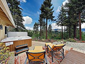 New Listing! Redwood Enchantment W/Hot Tub & Views Home photos Exterior