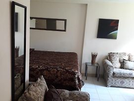 One Bed Room Apartment & One Studio In Ochi Rios photos Exterior