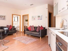 Modern 2 Bed Apartment In Historic Centre photos Exterior