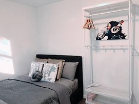 1 Private Double Room In Carramar 1-Minute To Station - Sharehouse photos Exterior