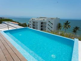 1 Minute Walk To The Beach! Pool Overlooking Ocean. Condo Parotas photos Exterior
