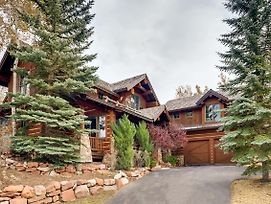Magnificent 4,500 Square Foot Ski Estate Home photos Exterior