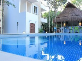 Fantastic 2 Bedrooms Condo With Pool Facilities In Sirenis photos Exterior