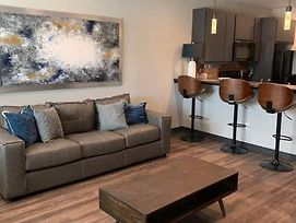 New Fully Furnished Condo In College Station! 307 photos Exterior