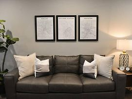 New Fully Furnished Condo In College Station #303 photos Exterior