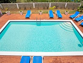 Free Housekeeper/Cook, Pool, Gated Community, 7 Mins Walk To Beach, 6 Beds, 3 Bdrms, photos Exterior