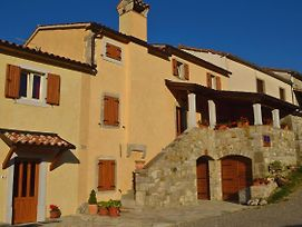 Apartments And Rooms With Parking Space Hum, Central Istria - Sredisnja Istra - 17939 photos Exterior