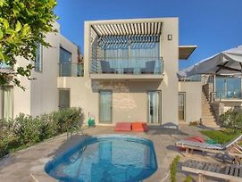 Ortakent Villa Sleeps 6 With Pool And Air Con photos Exterior