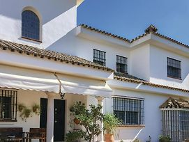 Stunning Home In El Santiscal W/ Wifi, 4 Bedrooms And Outdoor Swimming Pool photos Exterior