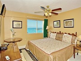 Great Location, 2 Mins To Beach, Sea View, Balcony, King Bed, 2 Sofa Beds, 1 Bdrm, photos Exterior