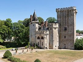 Saint-Loup-Lamaire Chateau Sleeps 16 Wifi photos Exterior