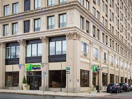Holiday Inn Express Springfield Downtown photos Exterior