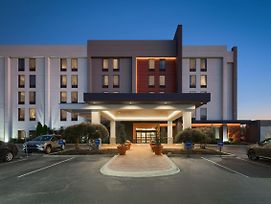 Hampton Inn Louisville Northeast photos Exterior