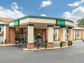 Quality Inn & Suites Apex/Raleigh photos Exterior