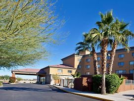 Holiday Inn Express & Suites Phoenix/Chandler photos Exterior